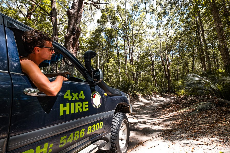 Driving on mainland Fraser Island, Travel Blog